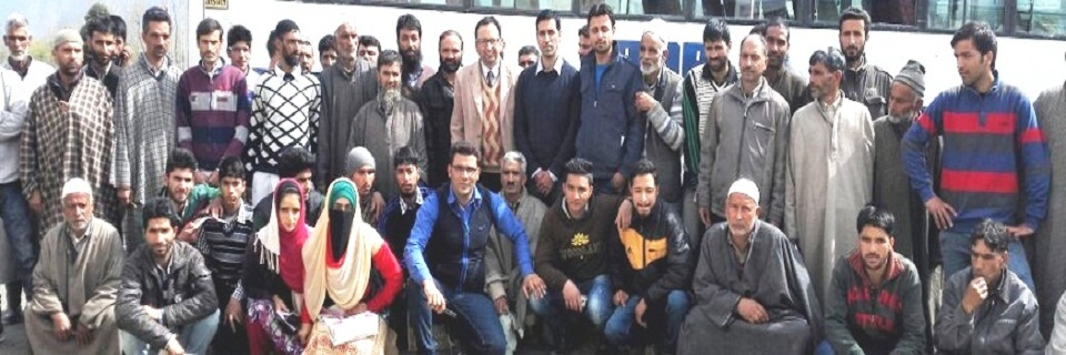Farmers at KVK visit from different areas of Kulgam
